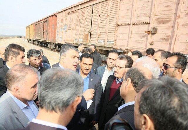 ترکمنستان در حال اتصال خط عریض راه آهن و تکمیل خط نرمال است