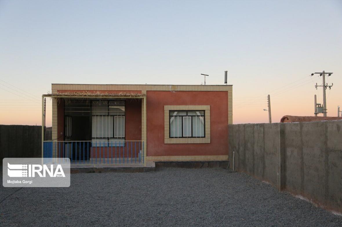 خبرنگاران توافقنامه احداث مسکن محرومان در منطقه آزاد ماکو امضا شد