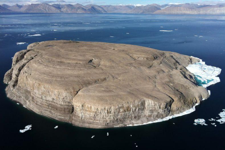 مشاجره کانادا و دانمارک بر سر مالکیت جزیره هانس
