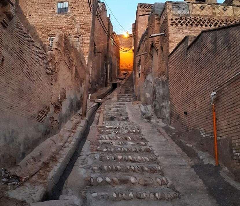 خبرنگاران مرمت یک بنای تاریخی در دزفول انتها یافت