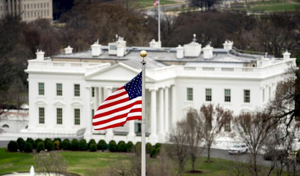کاخ سفید: صدای آمریکا به زبان دشمنان ما تبدیل شده است