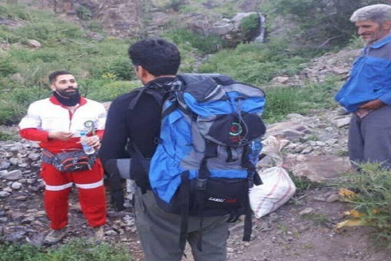 نجات کوهنورد مفقود شده در ارتفاعات قزوین