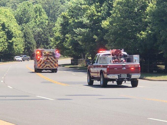 ورود چندین دستگاه آمبولانس و ماشین آتش نشانی به زمین گلف ترامپ