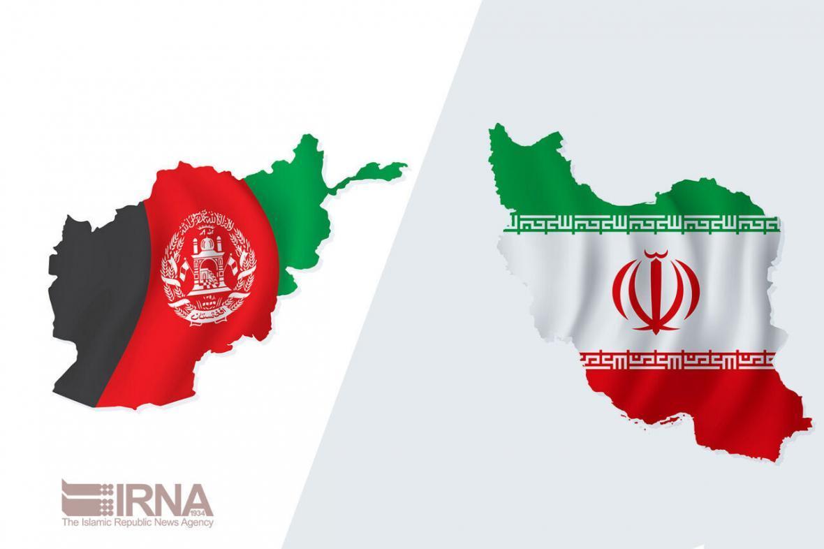 خبرنگاران یاری های پزشکی ایران تحویل وزارت بهداشت افغانستان شد