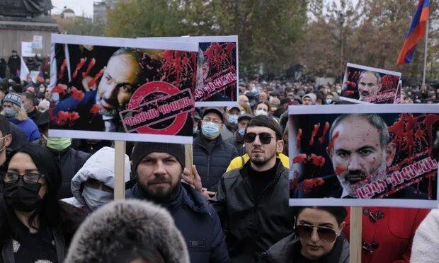 مردم ارمنستان به نخست وزیر تا سه&zwnjشنبه برای استعفا مهلت دادند