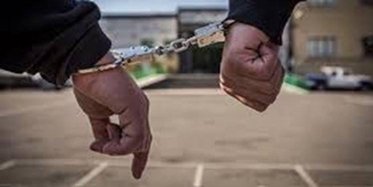 استاد سارق ها دستگیر شد، آموزش موبایل قاپی در حین سرقت