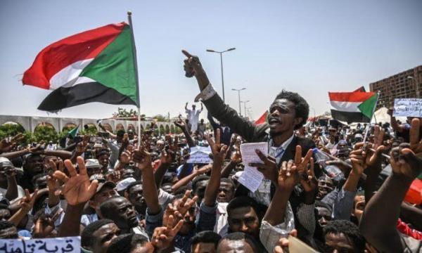 خبرنگاران مردم سودان خواستار سرنگونی دولت انتقالی شدند