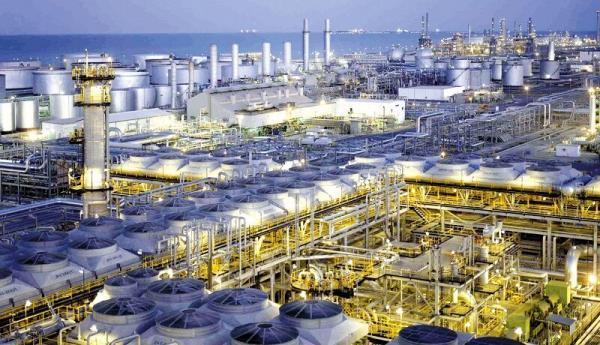 اعلام آمادگی پالایشگاه های هند برای خرید نفت خام ایران
