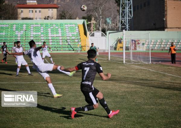 خبرنگاران تیم فوتبال زاگرس مهاباد به مرحله بعدی لیگ مناطق کشور صعود کرد