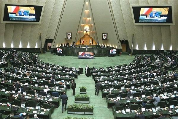 نشست غیرعلنی مجلس برای آنالیز قرارداد ایران و چین