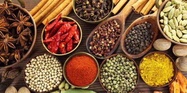 ادویه های مفید برای فصل زمستان از نگاه طب سنتی