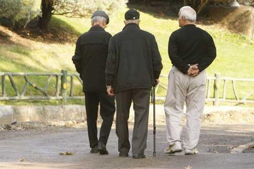 تامین اجتماعی: حقوق اردیبهشت بازنشسته ها با احکام جدید واریز می گردد ، برخی مسئولان سر بازنشستگان منت می گذارند