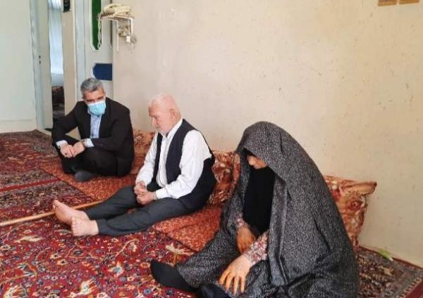 ملاقات با والدین شهیدان معزز غلام رضا و علی رضا حسین تبار موزیرجی