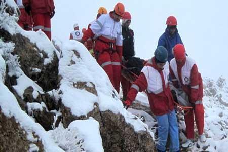نجات دو کوهنورد در دماوند و علم کوه